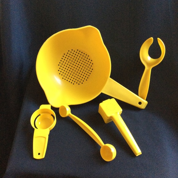 Tupperware Other - Vintage Tupperware bundle of 5 kitchen tools EUC